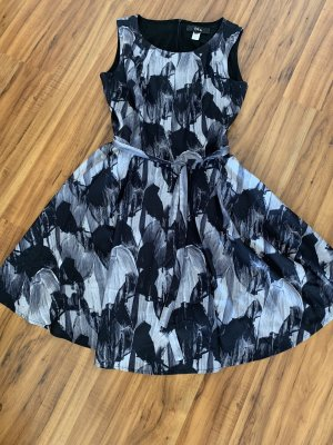 Kleid von Iska