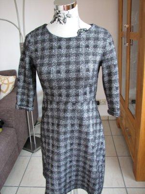 Kleid von Jessica, Gr. 36