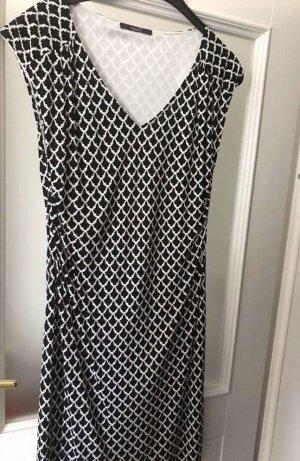 Kleid von Laurél