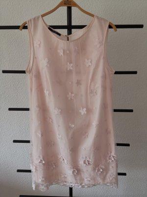 Kleid von Laurel