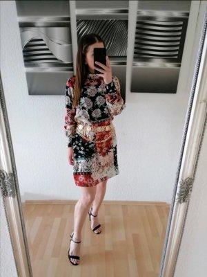 Kleid von Mango, Blumenmuster, Casual Style Größe S, Neuwertig