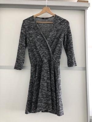 Kleid von Mango in grau