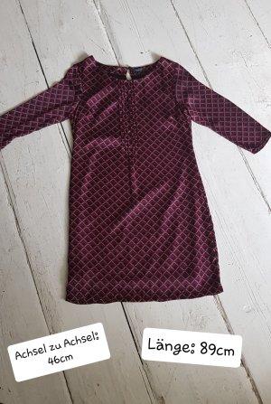 Kleid von Manguun 36