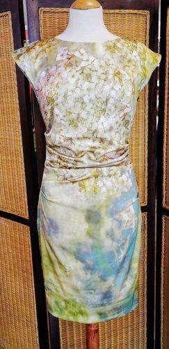 Kleid von Marc Cain Gr. 36