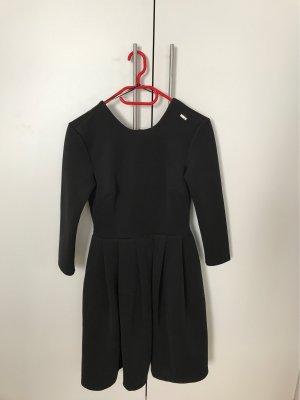 Kleid von Mohito XS