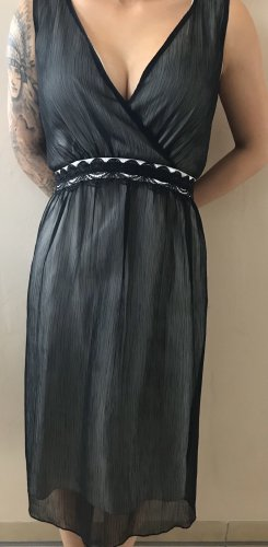 More & More Vestido babydoll negro-crema