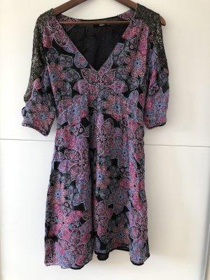 Oasis Cekinowa sukienka Wielokolorowy