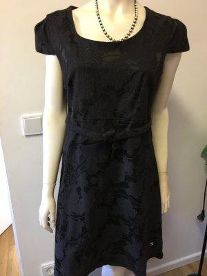 Kleid von One Green Elephant Größe XL NEU