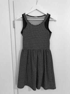 Kleid von pimkie