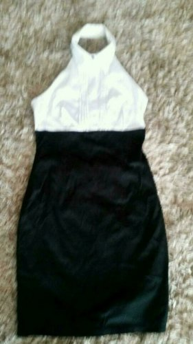 Kleid von Pimkie in Schwarz /Weiss mit offenem Rücken Gr.36