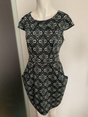 Kleid von Qed London Gr 40 L