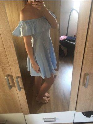 Kleid von QED London in Pale Blue
