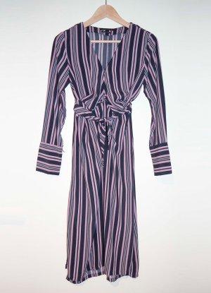 Kleid von Reserved