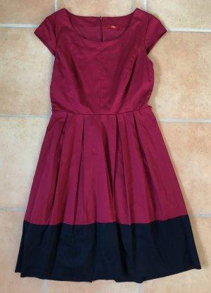 s.Oliver Summer Dress raspberry-red-dark blue