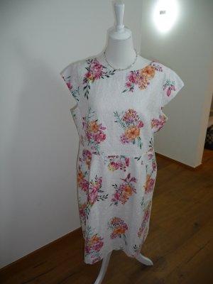 Kleid von s.oliver - Gr.36 - weiß - top Zustand