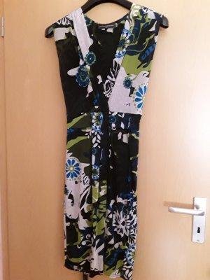 Kleid von Sandro Ferrone