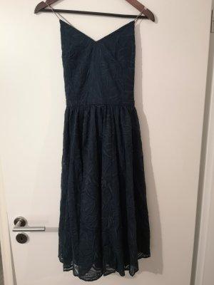 Kleid von Sessun mit tollem Rückenausschnitt