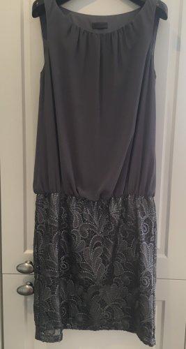 Kleid von Sir Oliver