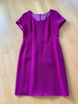 Kleid von Strenesse