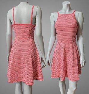 Kleid von SUPER DRY GR.XS/S 34/36