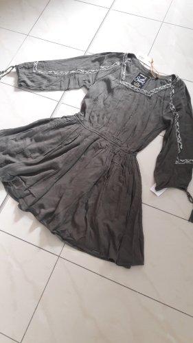 Kleid von Superdry Gr.M
