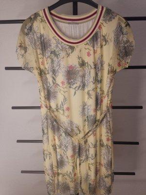 Kleid von SuZa
