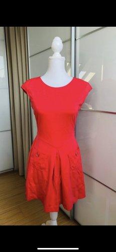 Ted baker Robe d'été rouge clair