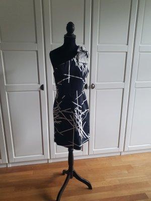 Kleid von Tori Richard