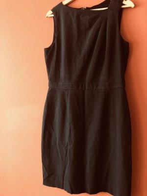 Kleid von US Designer Tahari Gr. 42