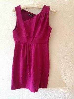 Kleid von Versace in Magentarot
