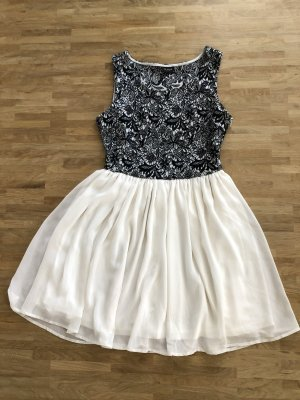 Kleid von Vila, Größe XS