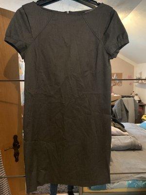 Kleid von Zara Basic
