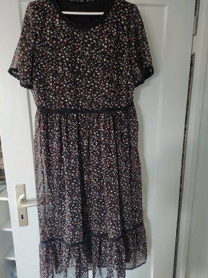 Kleid wadenlang, gr 40 geblümt, halbarm