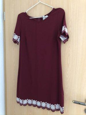 Kleid, weinrot/weiß, H&M, Blumen, Muster