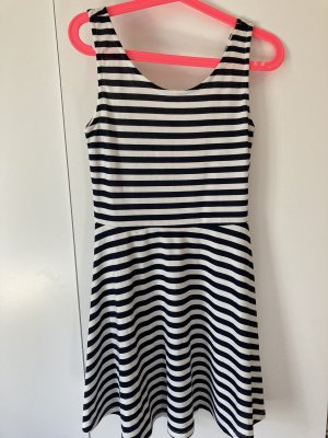Kleid weiß blau