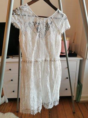 Kleid weiß mit Spitze