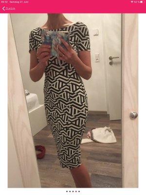 Kleid Zara , 36 tiefer Rückenausschnitt