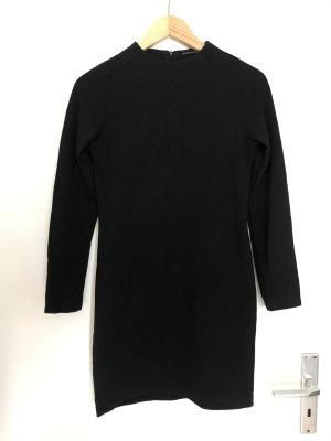 Kleid Zara Bodycon mit Schornsteinkragen Feinstrick