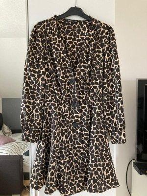Kleid Zara Giraffen-Print