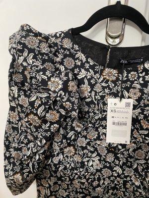 Kleid Zara mit Blumenmotiv mit Puffärmel