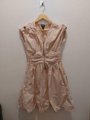 Kleid zu verkaufen