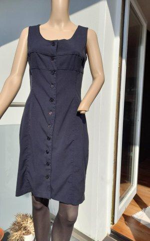 Kleid zum Knöpfen vorne
