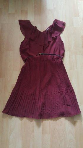 Kleidchen in Bordeaux von Vero Moda