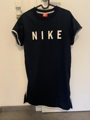 Kleider Paket