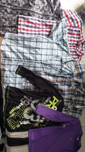 Kleiderpaket für Jungs (Oberteile)