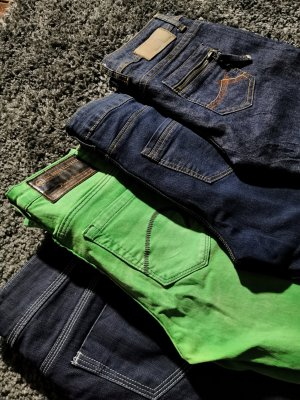 One green elephant Stretch Jeans multicolored