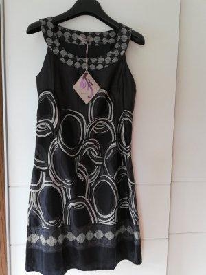 100% Fashion Vestido línea A negro