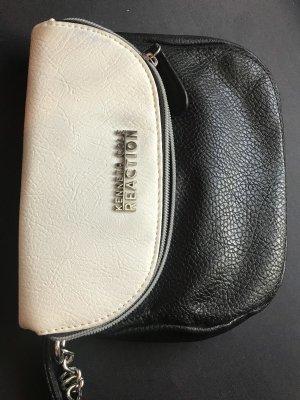 Kleine geräumige Tasche