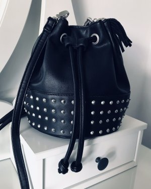 Kleine Handtasche mit Nieten