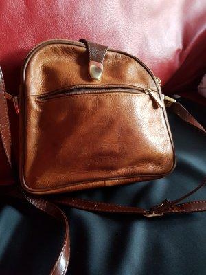 kleine pracktische Umhänge-Tasche